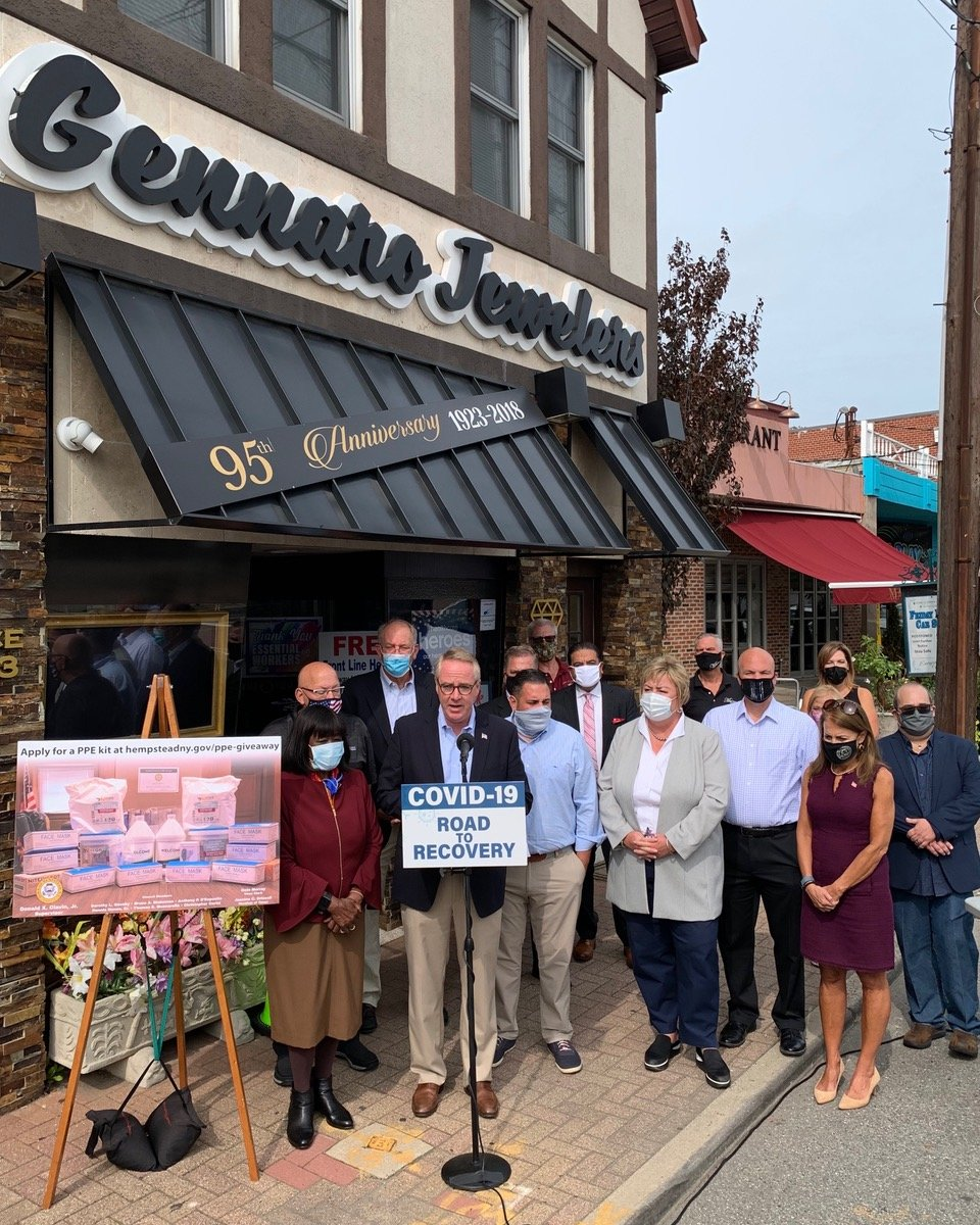 Town officials gathered outside Gennaro Jewelers in Bellmore to announce the launch of a new initiative aimed at helping local businesses keep employees and patrons safe during the pandemic.