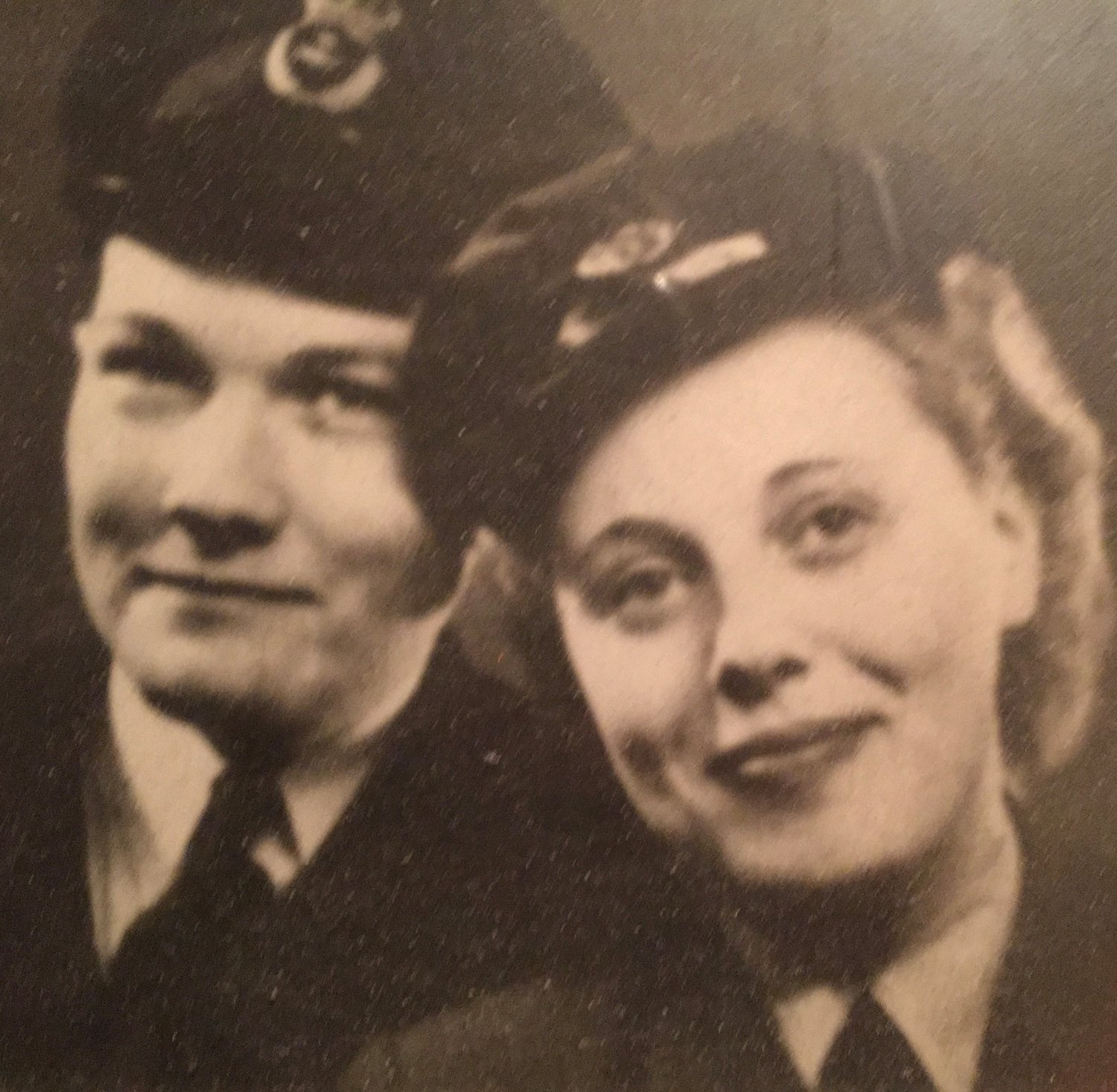 Deeple with her husband, Ted. She served in the Royal Air Force Women's Auxiliary during World War II after escaping to England from Nazi Germany.