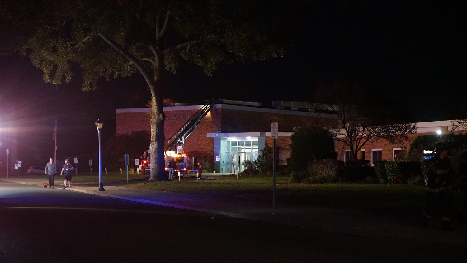 A fire broke out on the roof the Shaw Avenue Elementary School building Monday evening causing damage to a classroom below.
