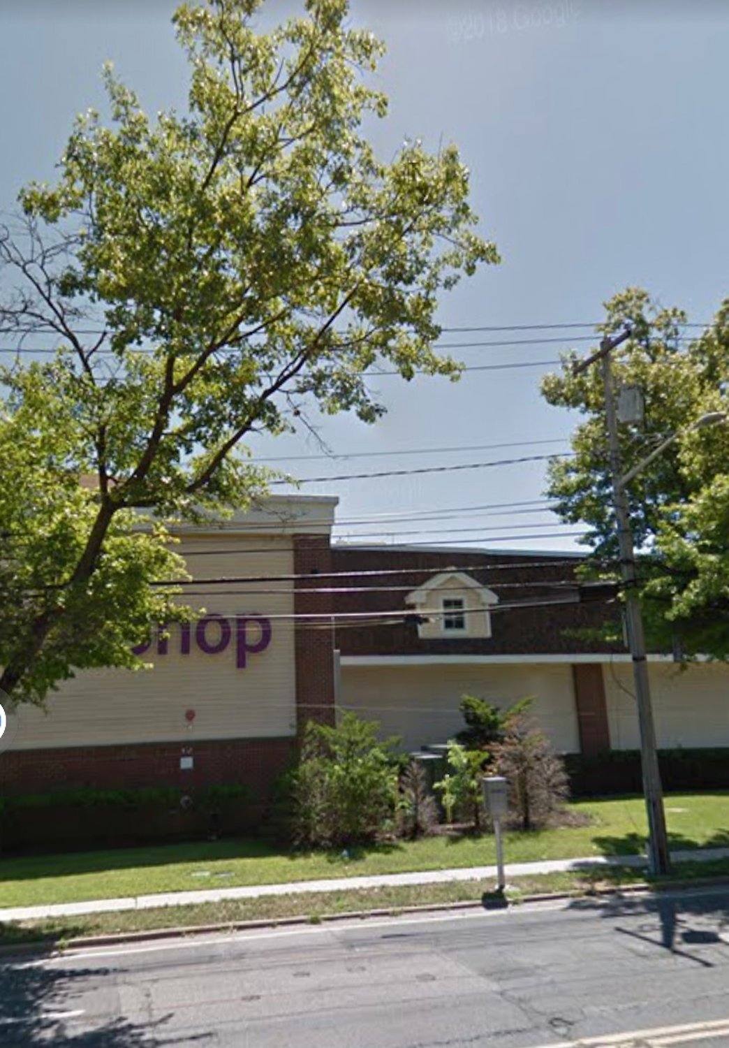 Stop & Shop, at 465 Atlantic Ave. in Oceanside, is offering online and pickup ordering via its website and mobile app.