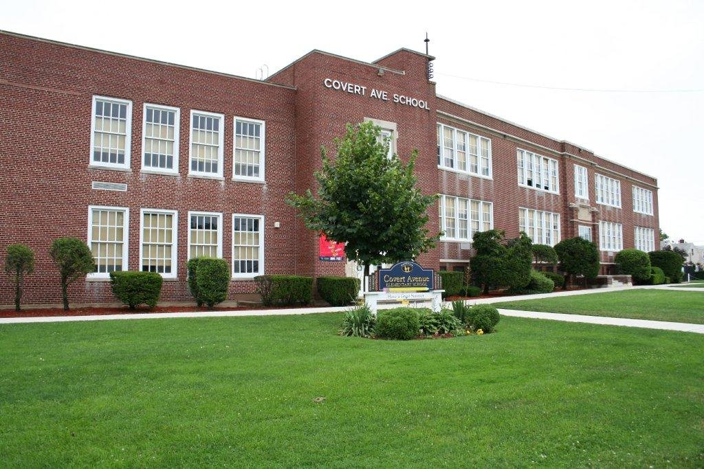 The Covert Avenue School will remain closed until Jan. 25.