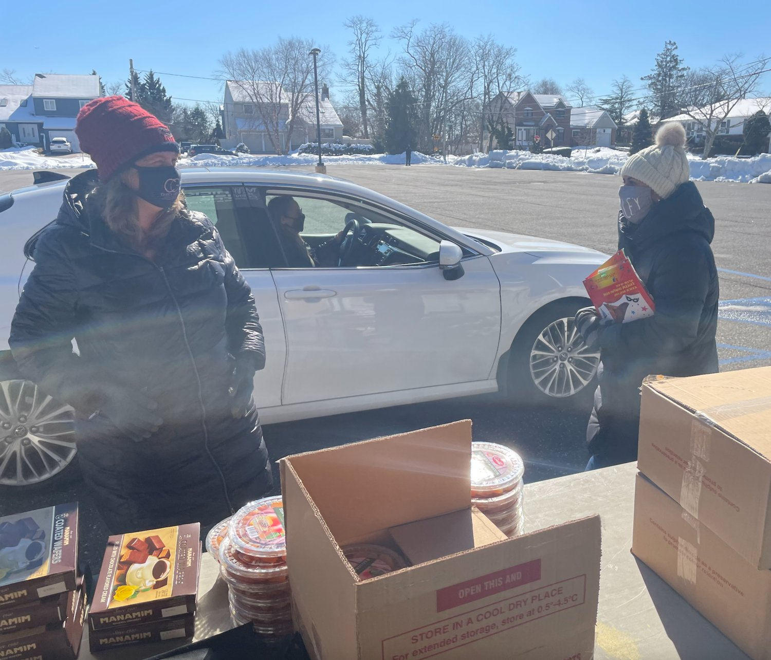 On Feb. 21, Merrick Jewish Centre volunteers distributed shalach manot packages to hundreds of congregants so they could celebrate Purim in style.