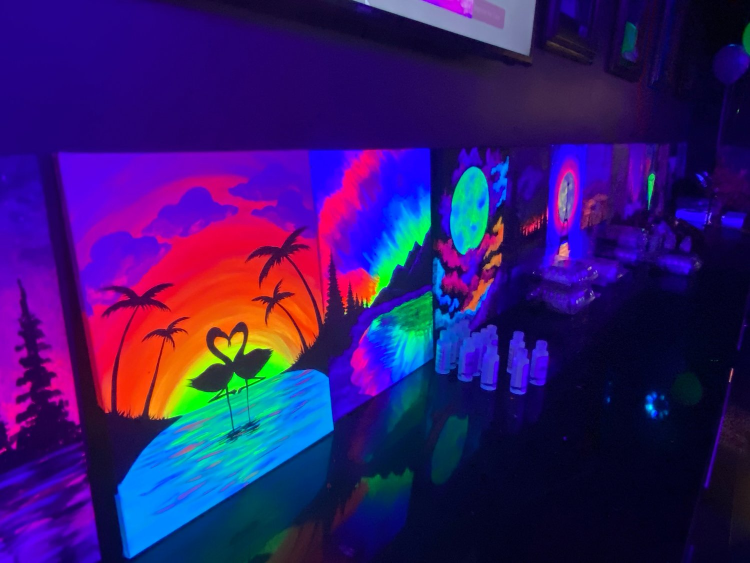 Pinot's Palette in East Meadow is a chance for everyone of all artistic levels to create a masterpiece as part of a date night, birthday party, bachelorette party or any other type of outing.