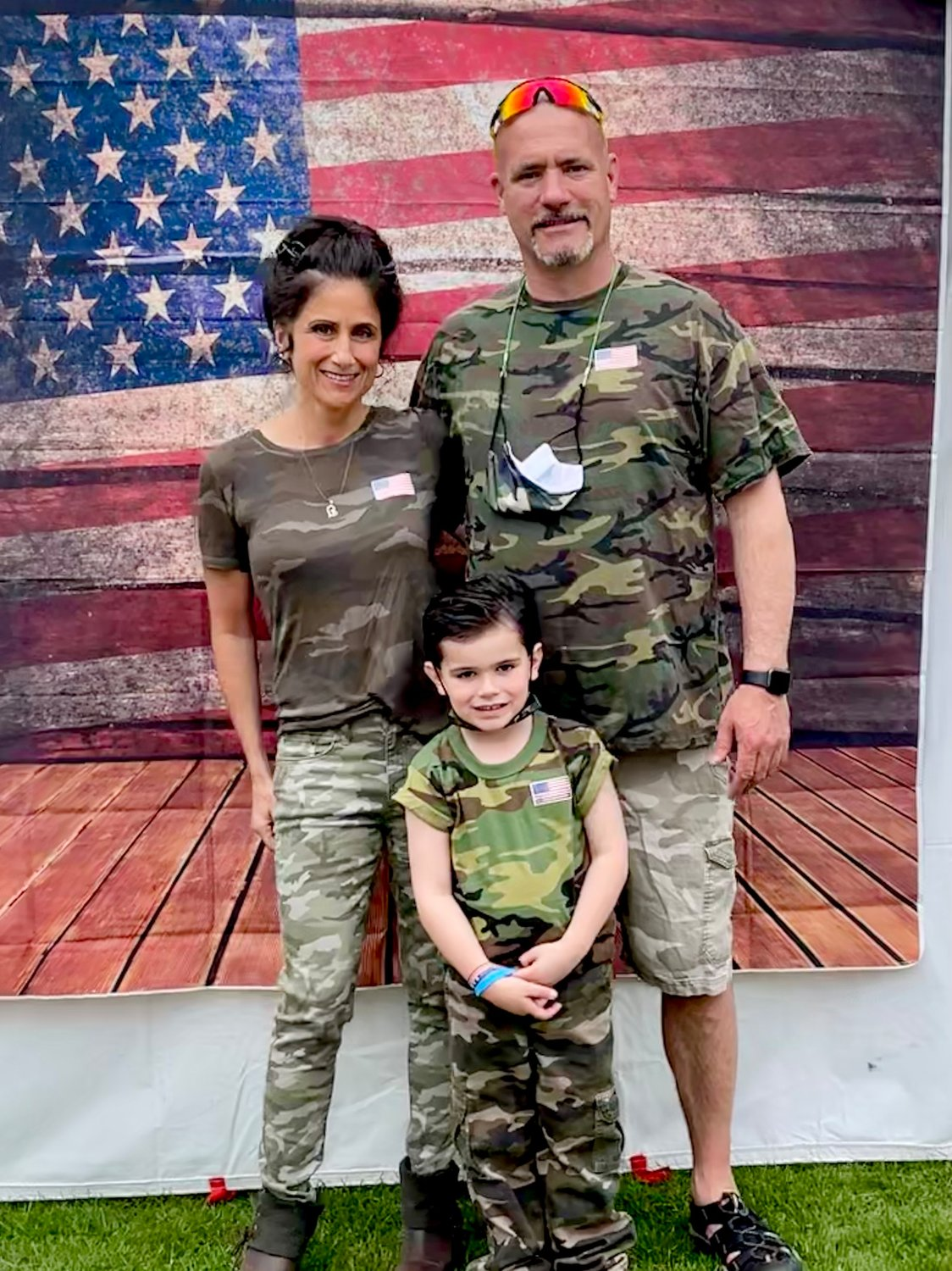 Seven U.S. Army soldiers from the Nassau Recruiting Company visited Jared Lanning Jr. to help him celebrate his 6th birthday. Jared enjoyed the day, and dressed for the occasion with his parents, Kimberlee and John Lanning.
