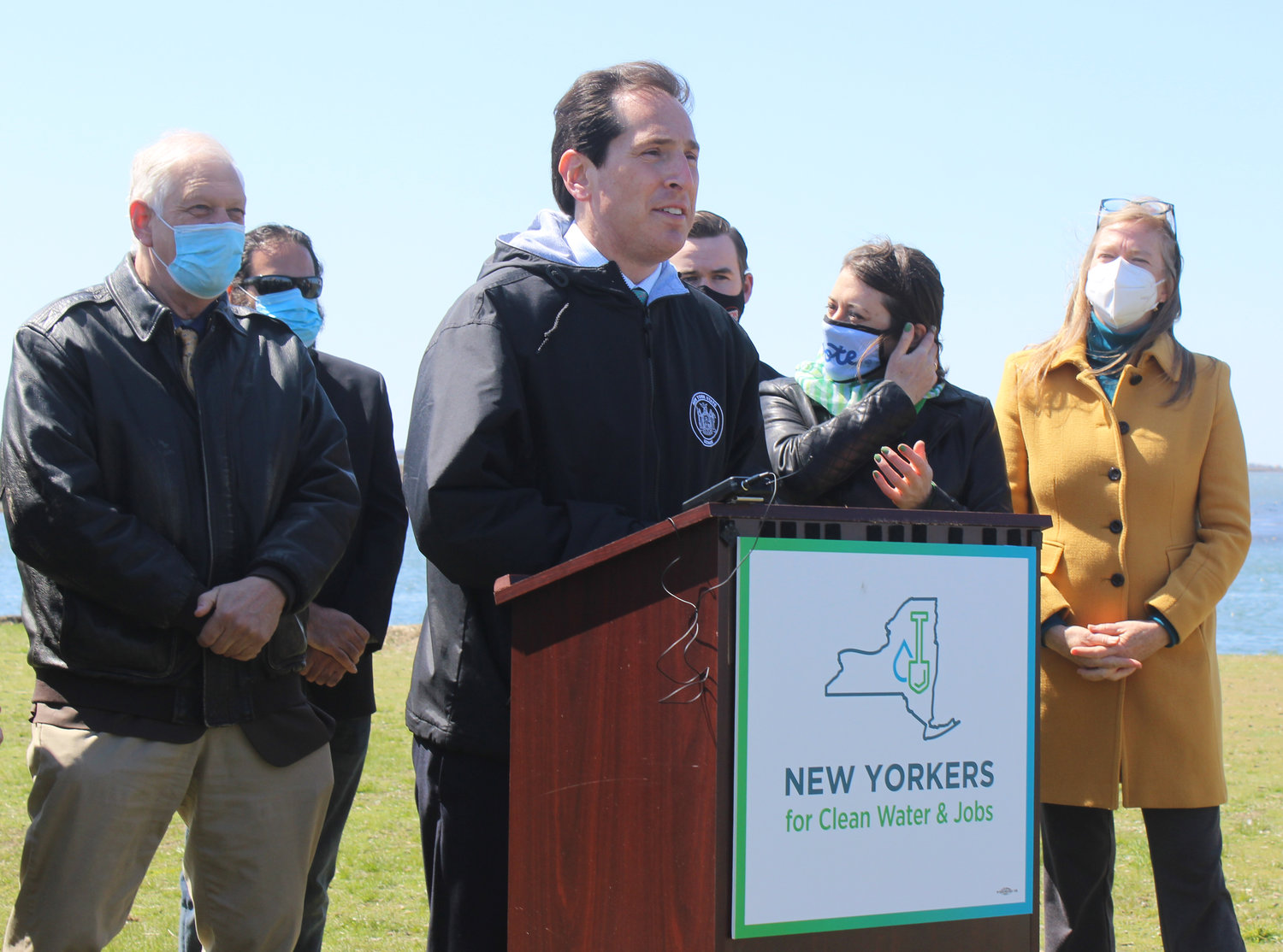 State Senator Todd Kaminsky joined with environmental activists and labor leaders at Wantagh Park last Friday to celebrate the reinstatement of the $3 billion Environmental Bond Act on the 2022 statewide ballot.