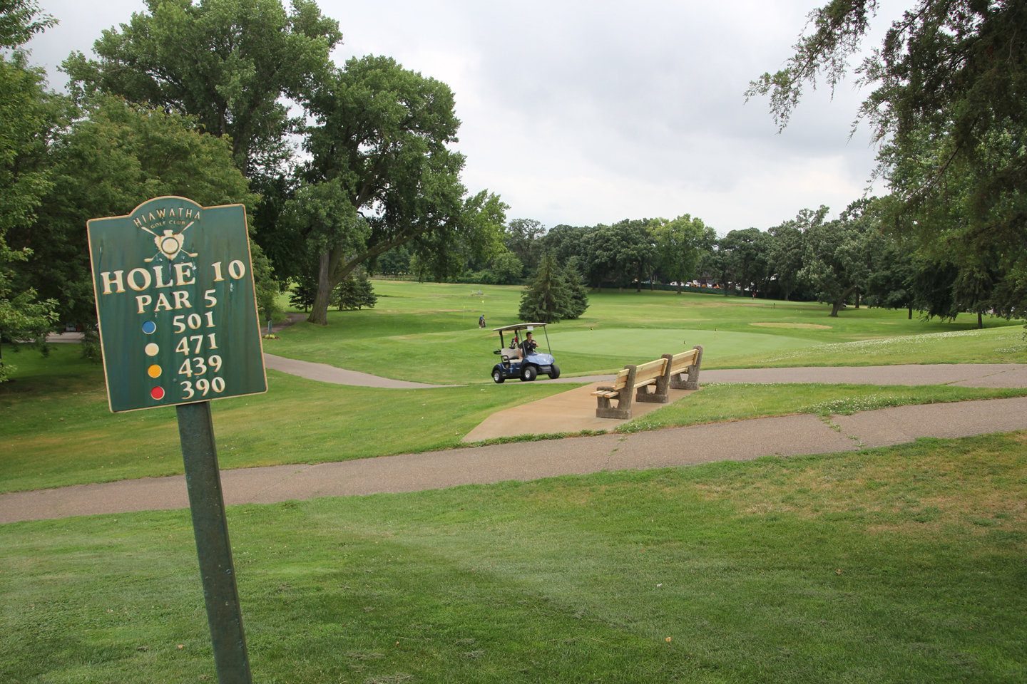The master plan for the Hiawatha Golf Course changes it to a 9-hole course to allow for a different way of managing water at the site. (Archive photo)