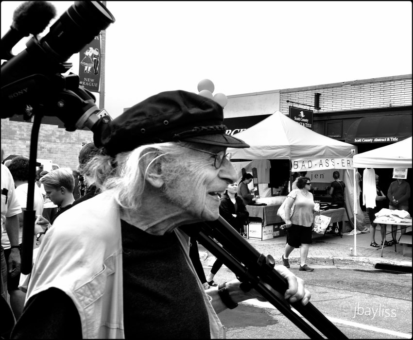 The whirlwind life of legendary film enthusiast, professor, writer, photographer, filmmaker, and founder of the University Film Society ended Dec. 20 when Al Milgrom, 98, succumbed to a stroke. (Photo by Janet Bayliss)