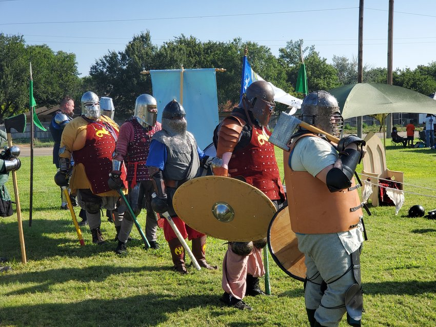 Creators in the SCA make their own armor, tools and other accessories dedicated to the Middle Ages.