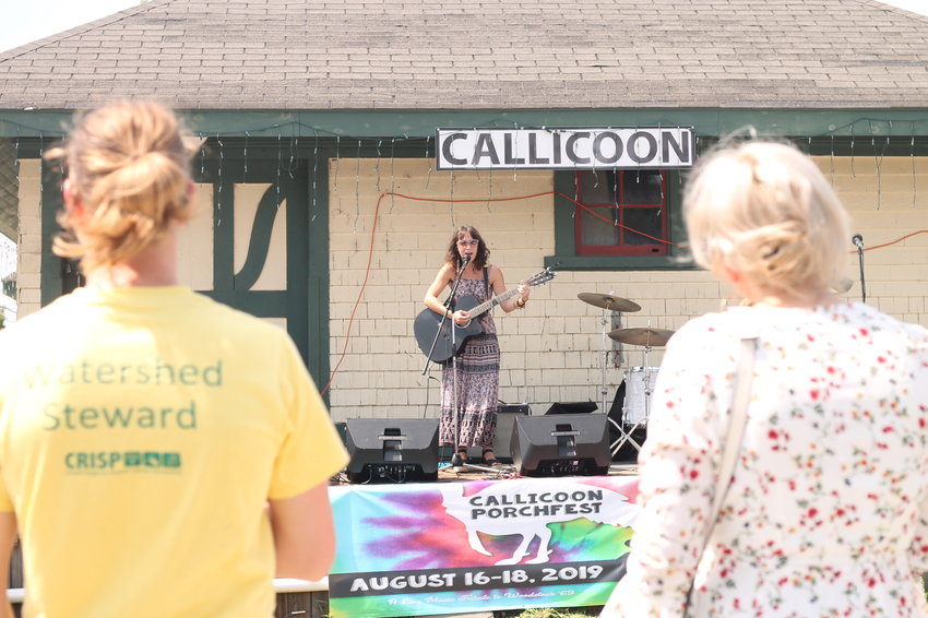"TRR's own Veronica Daub performed at the Callicoon ""main stage,"" the Tran Depot, with her friends John Manzi and Taylor Lamerand looking on."