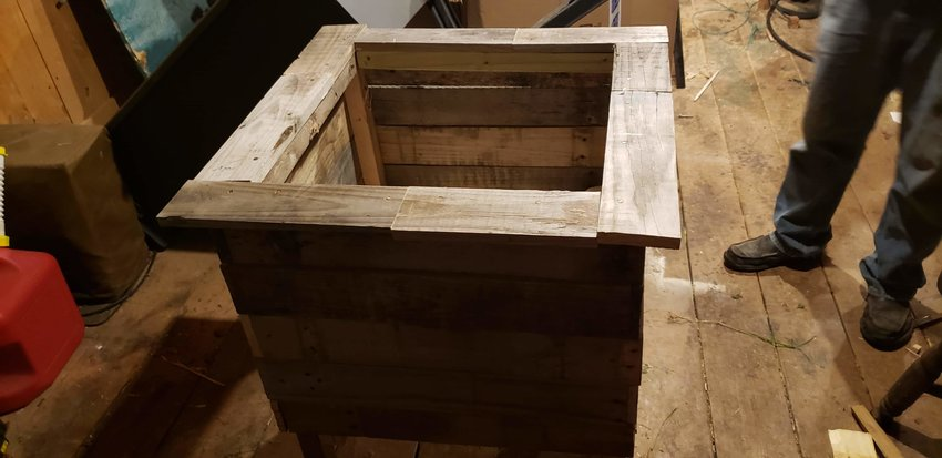 Finished with this wood pallet planter, my appreciative wife's first question was if I could make a few more.