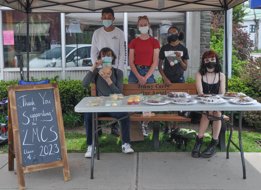 The Livingston Manor Flower Day sounded appealing, promising shops selling potted plants and flowers, not to mention a bake sale hosted by the Livingston Manor High School Class of 2023.