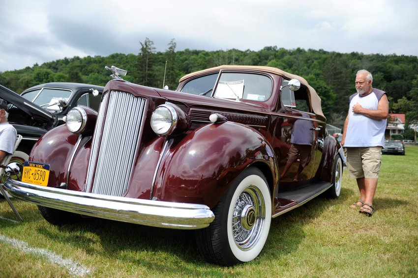 Cherry ride. Don Cartright's 1939 Pontiac 120 convertible coupe was a real crowd pleaser...