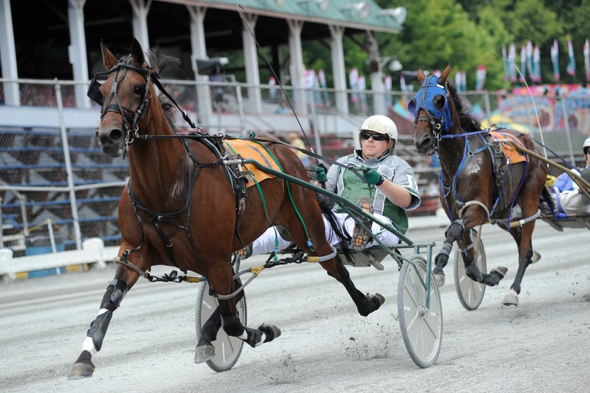 In the Pennsylvania Sire Stakes for 3-year old fillies (B Group) 1-mile pace, Treacherous Girl placed 2nd behind Dash One's winning time of 2:06.0. Wayne Long was in the seat.