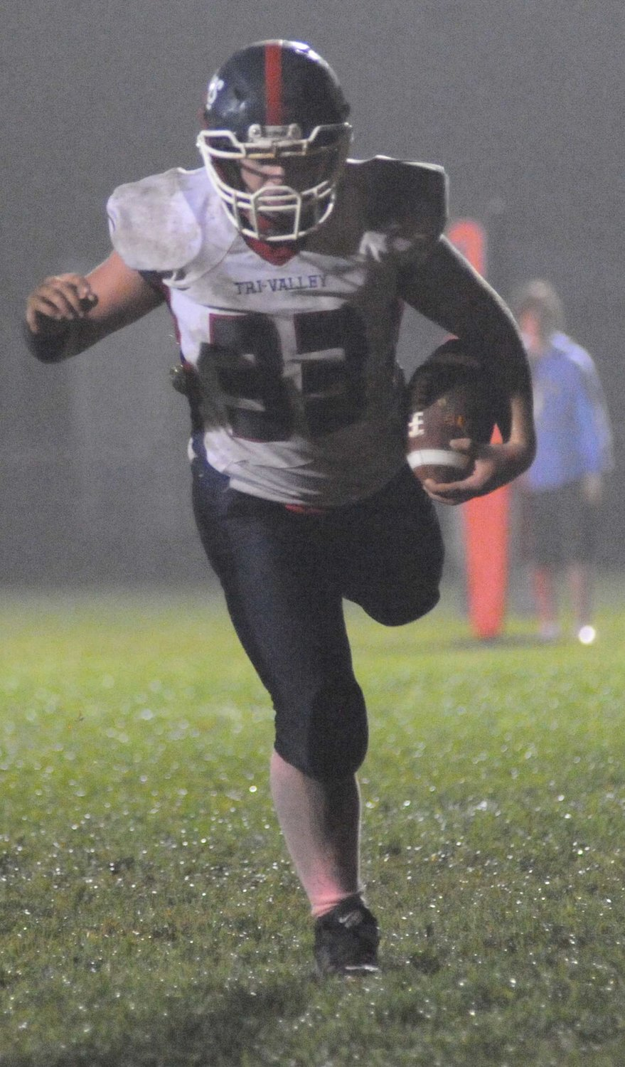 End zone dance: Tri-Valley's Alex Schulte scored two TDs for the Bears.