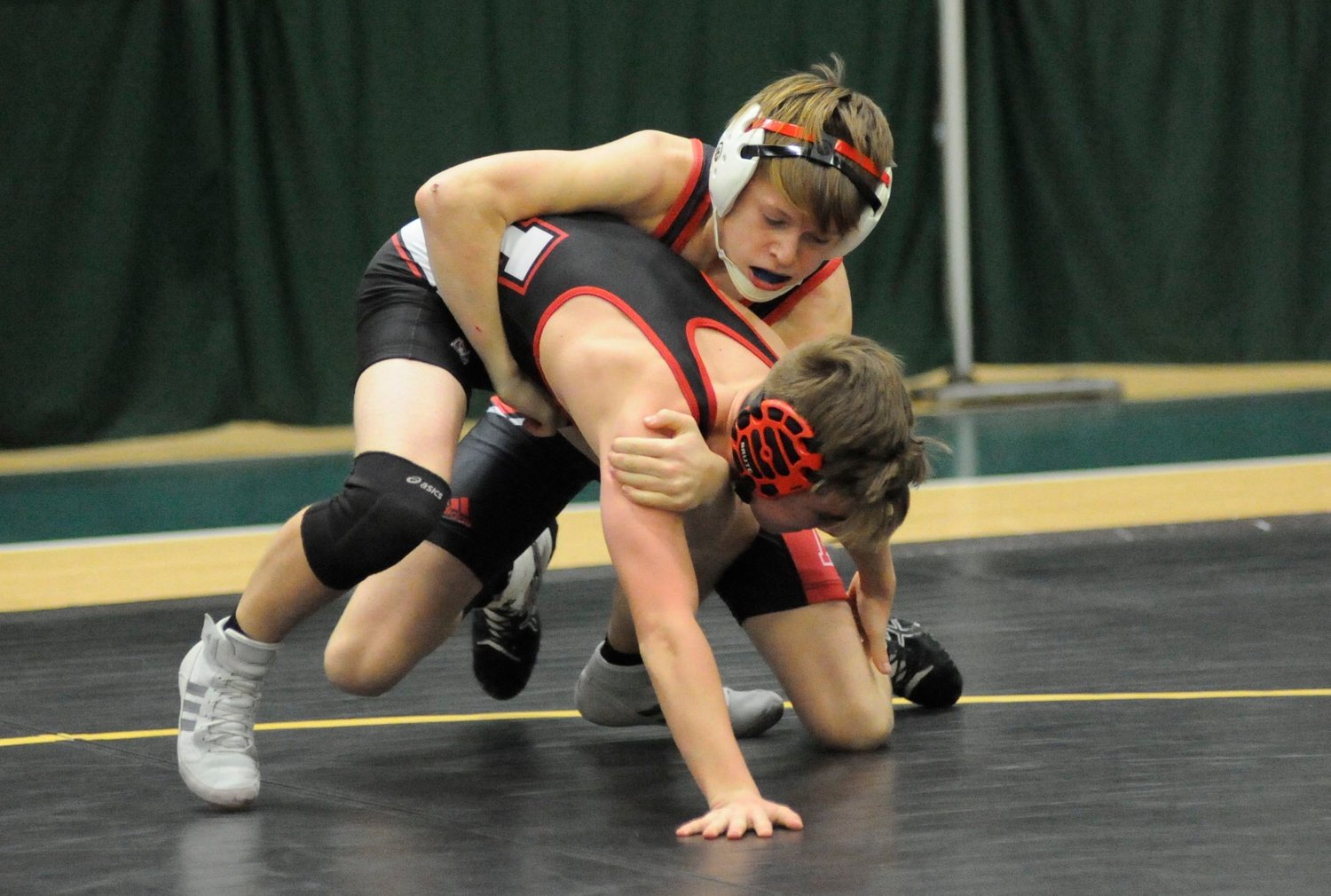 Onteora's Steven Blakely won the 113-pound weight class match over Quintin Herzog of Liberty.
