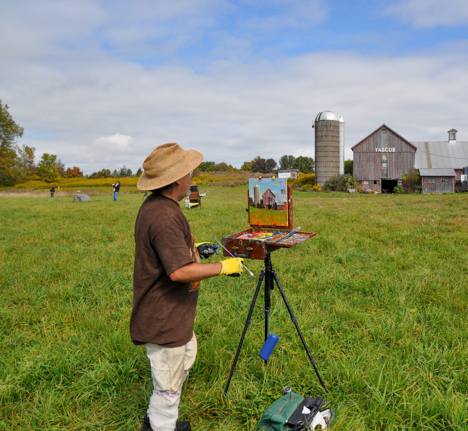 Painter Jay Brooks was one of several artists in the fields of Max Yasgur's old homestead, wedding art and history last weekend in Bethel, NY.