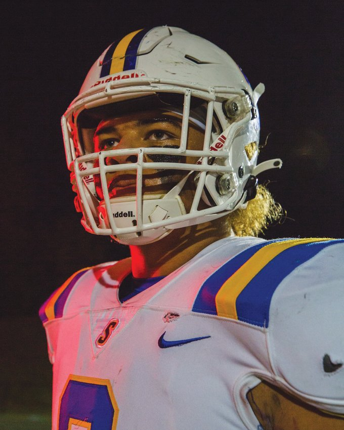 Sumter defensive end Davin Jackson will miss the 2021 football season after tearing his ACL at a camp at Clemson.