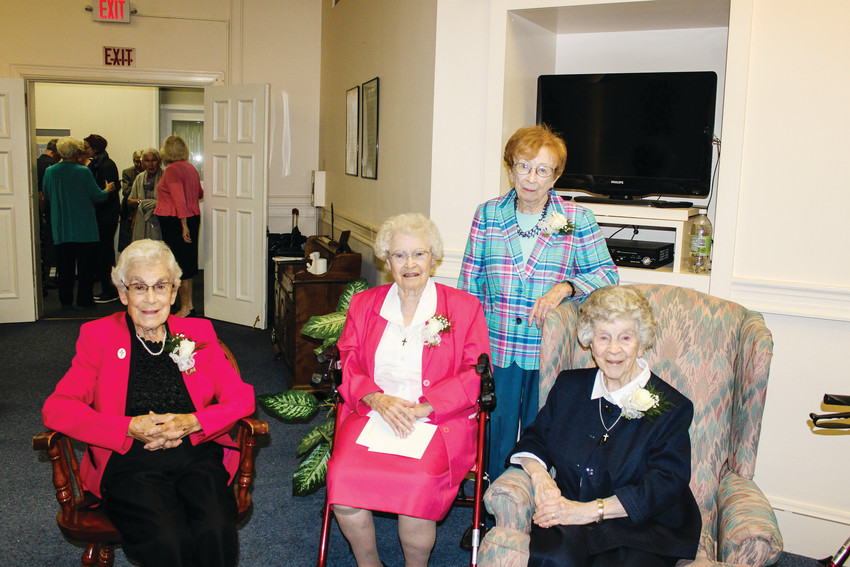 Jubilarians celebrating 75 years.